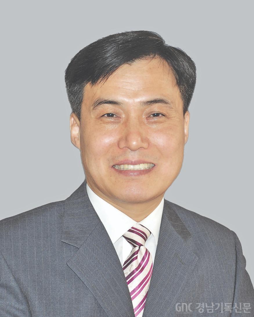 4_박봉석 목사.jpg